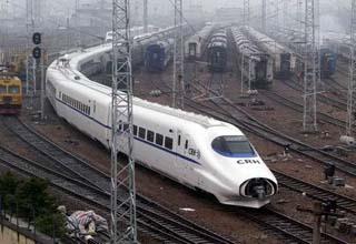 中国铁路总公司增开申通顺丰专列